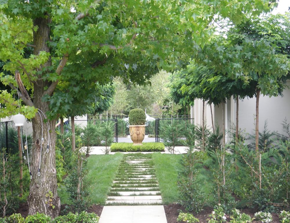 Arcscape landscape services gundagai the formal garden for Formal garden